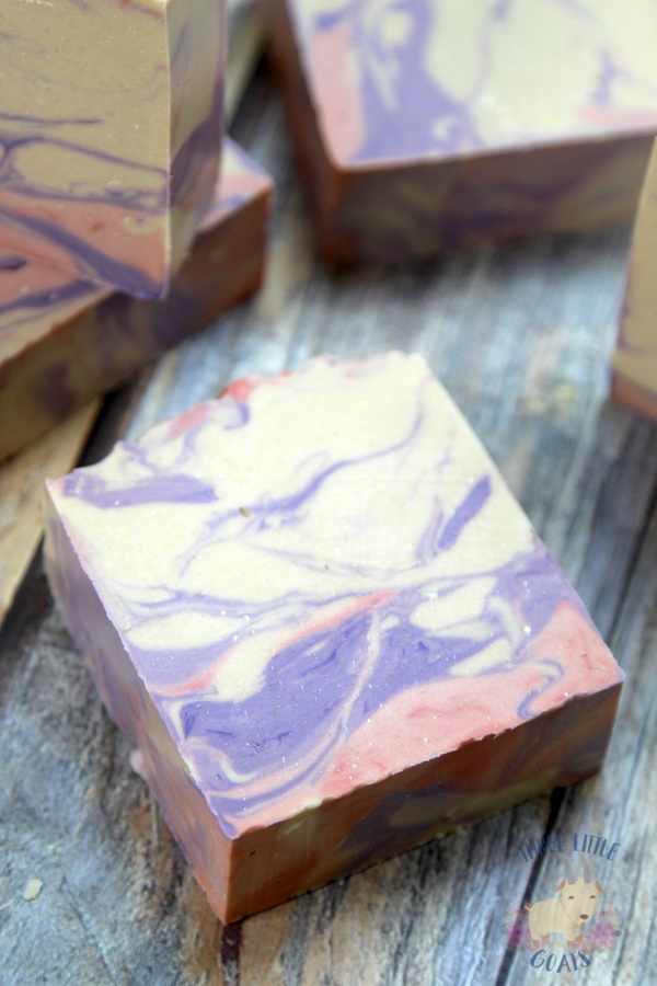 Mixing Soap Fragrances for Custom Soap Scents